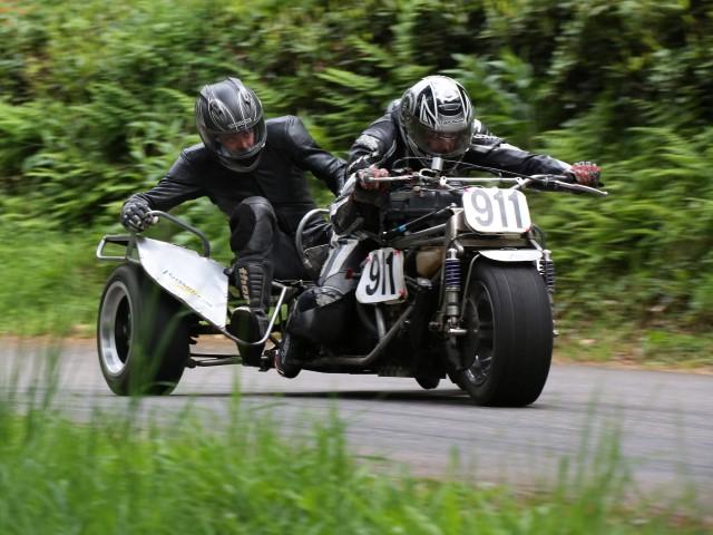 170513 Alec & Isaac Warren Suziki Trike TMC Wiscombe (DH) (Small)